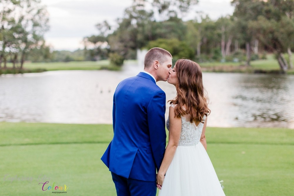 299Lake Karrinyup Candid Wedding Photographer Perth.jpg