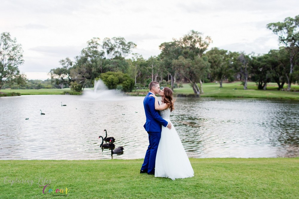 300Lake Karrinyup Candid Wedding Photographer Perth.jpg
