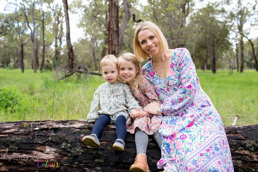 Perth Family Photographer Natural Outside 006.jpg