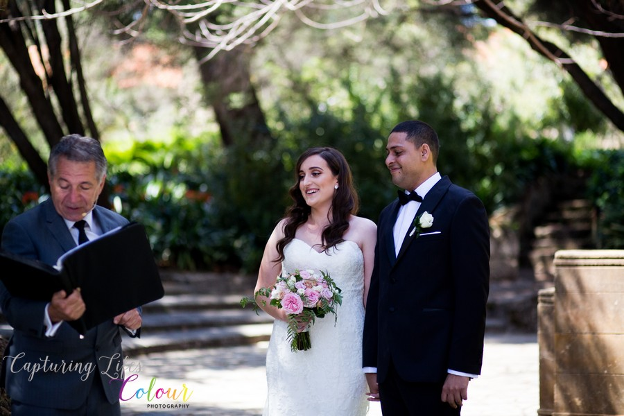 Wedding Photographer Perth Candid UWA Sunken Gardens033.jpg