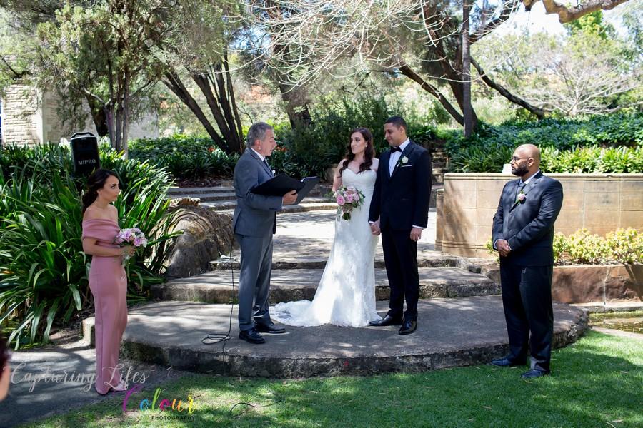 Wedding Photographer Perth Candid UWA Sunken Gardens035.jpg