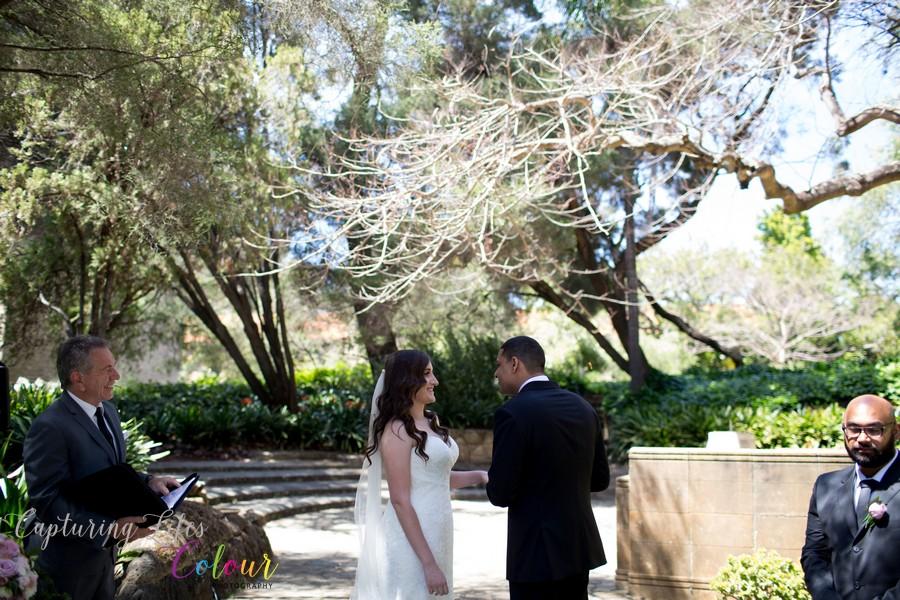 Wedding Photographer Perth Candid UWA Sunken Gardens037.jpg