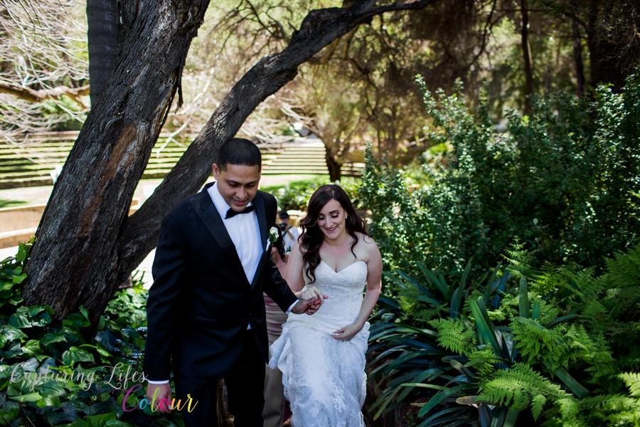 Wedding Photographer Perth Candid UWA Sunken Gardens041.jpg