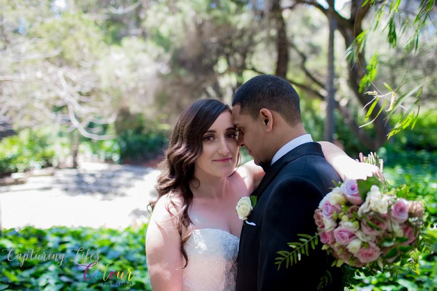 Wedding Photographer Perth Candid UWA Sunken Gardens044.jpg