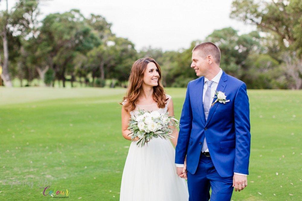 Lake Karrinyup Wedding Photographer Candid Relaxed love   028.jpg