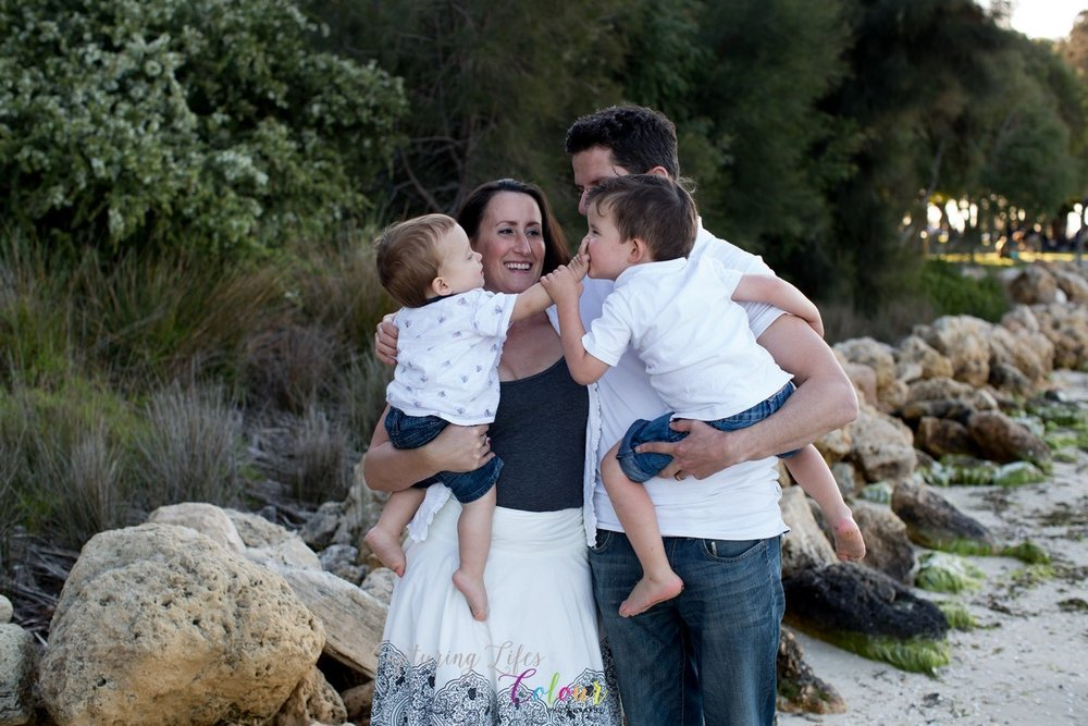 Perth Family Photographer Candid Relaxed love    (1).jpg