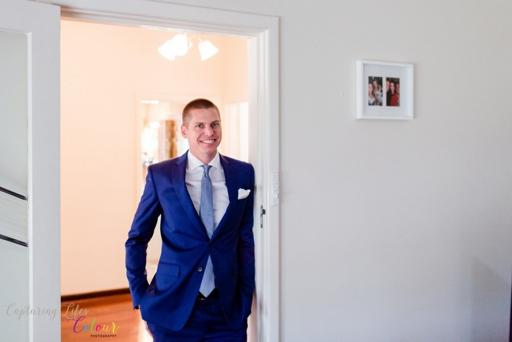 Perth Groom Preparation Wedding Photographer Candid Relaxed love   033.jpg