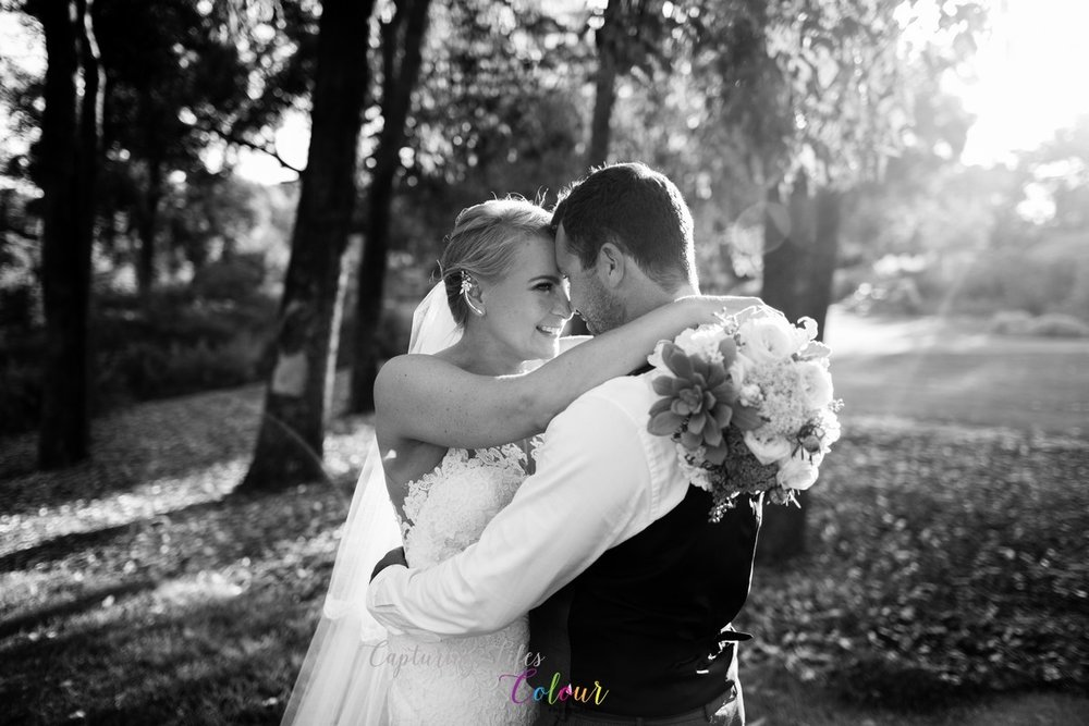 UWA Wedding Photographer Candid Relaxed love   120.jpg