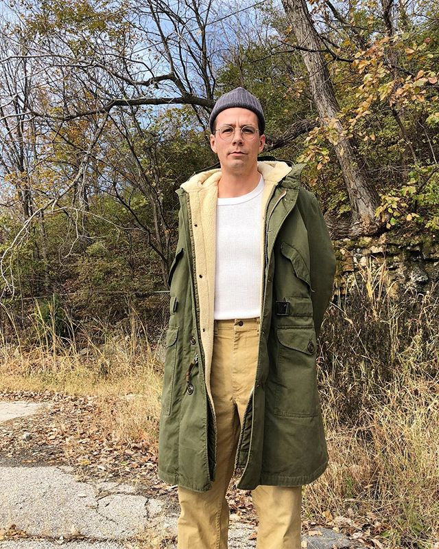 Only slightly upset that Winter is here but feeling more prepared than ever in this M-1947 parka manufactured in 1951 • A recent addition to the collection sourced by @blue_collar_bill