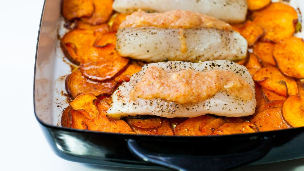 halibut sweet potatoes_1 (1 of 3).jpg