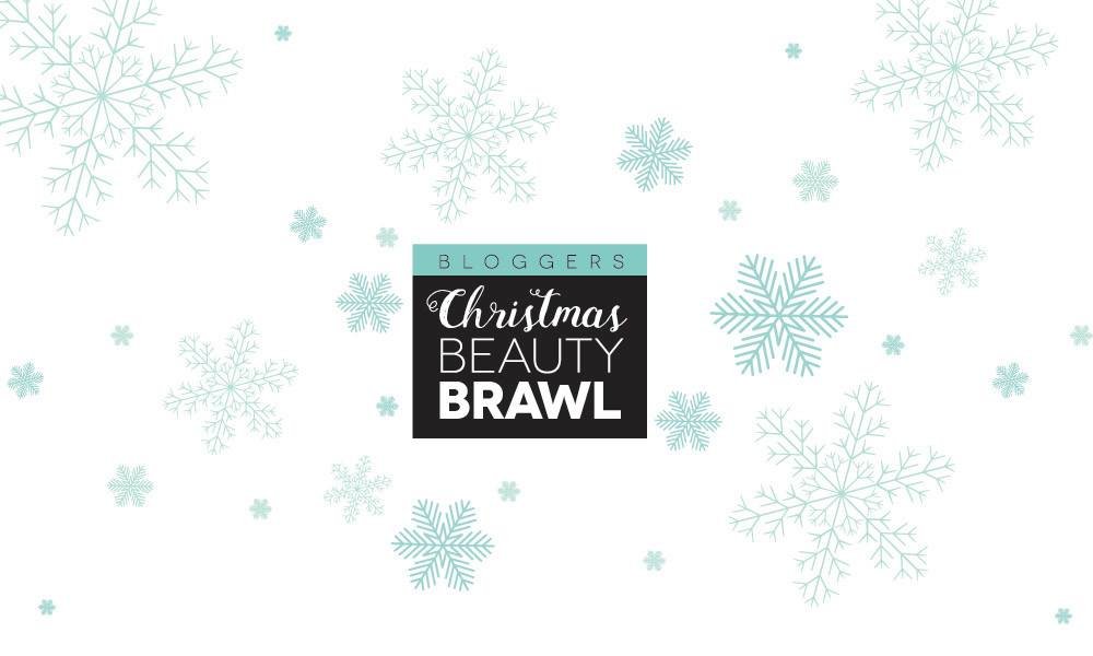 Bloggers Christmas Beauty Brawl: Four bloggers review ten products each in the ten days leading up to Christmas! Don't miss these in-depth product reviews before your next beauty shopping spree!