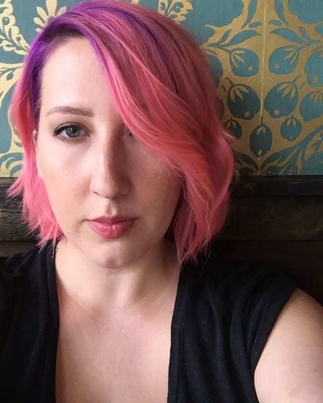 Fresh cut & color from @kayleighirenehair and @sterlified 💜💖