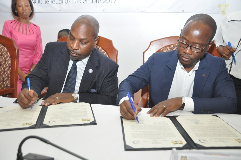 The signing ceremony took place at the Ministry of Medium and Small Enterprises and Employment Promotion in Cotonou, Benin.