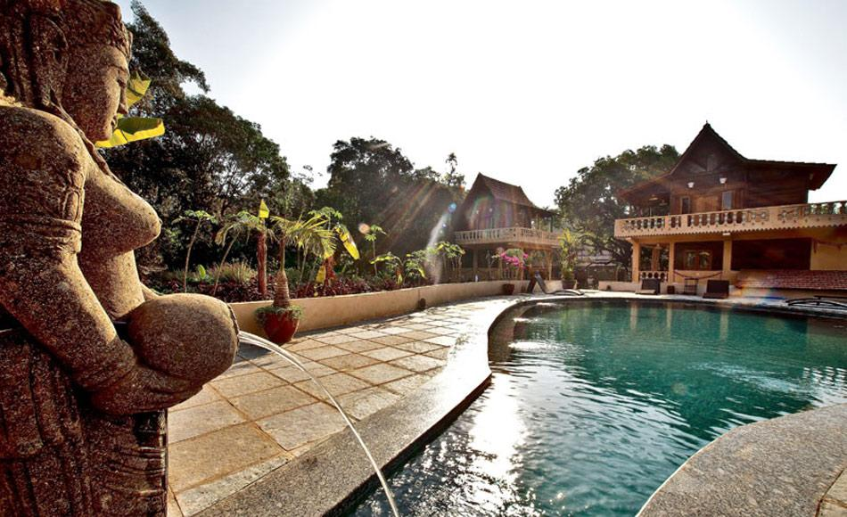 retreat-pool-1.jpg