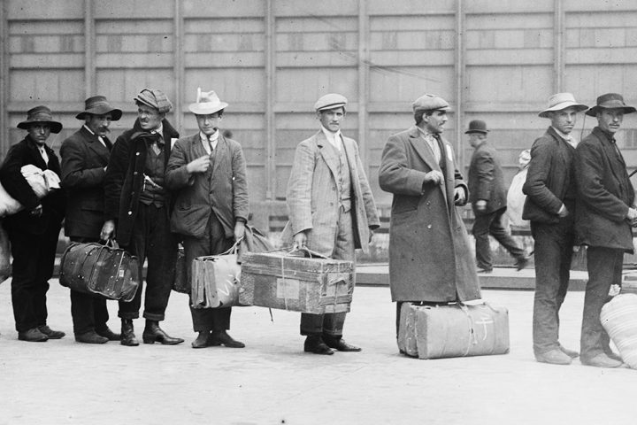 Immigrants-at-Ellis-Island-c1900-LOC-720x480.jpg