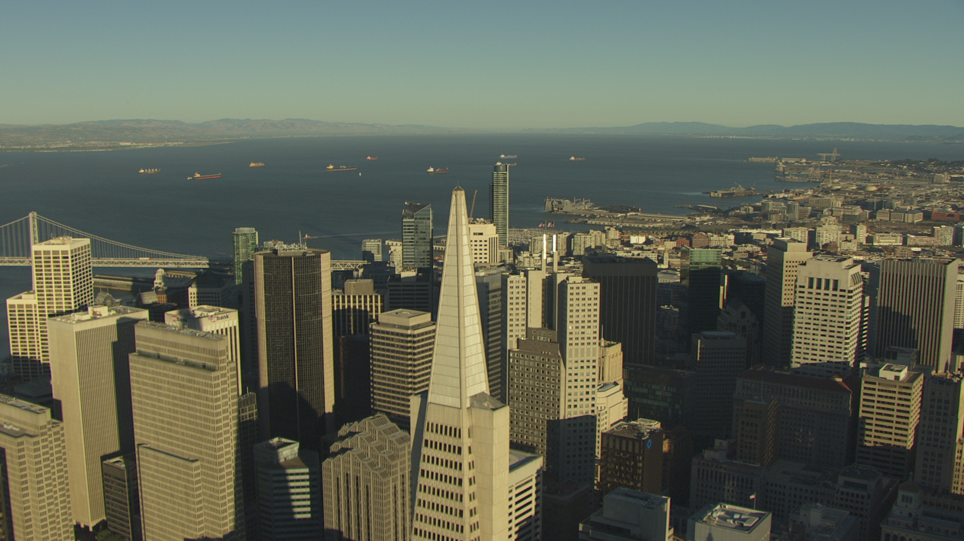 Helicopter shoot with Cineflex over Transamerica Pyramid San Francisco
