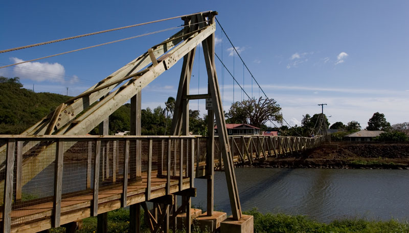 hawaii hanapepe swinging bridge