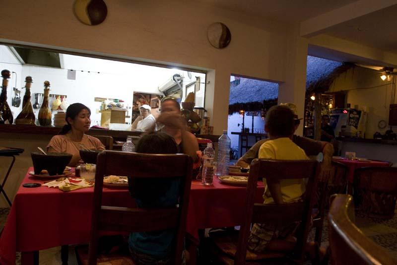 Barra De Navidad, restaurant