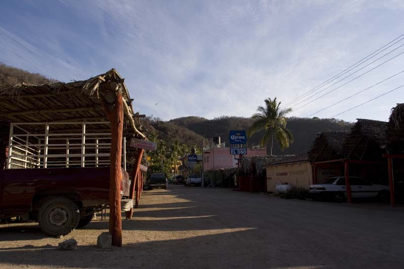 Cuastecomate, back street behind restaurants