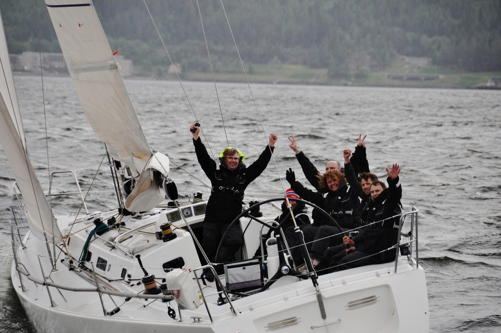 The winner boat.
