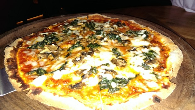 Mushroom with Spinach Pizza @ LeMangii, Kamla Mills, Lower Parel