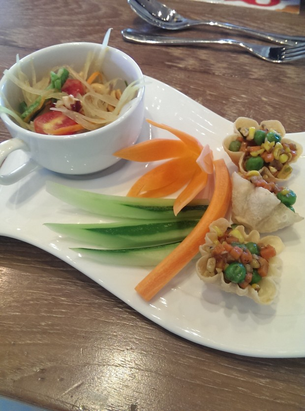 Raw Papaya Salad with Veggies in Corn Cups @ JW Marriott, Phuket
