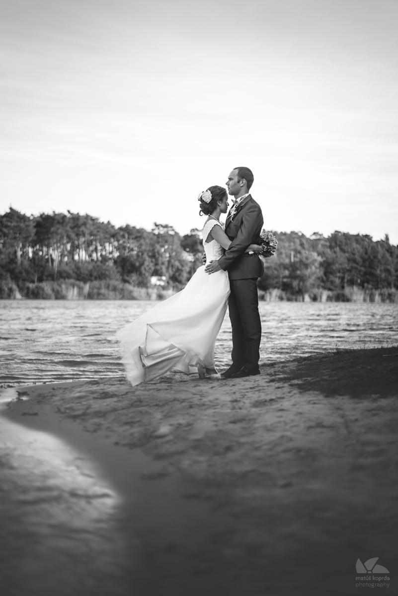 Čiernobiele svadobné fotenie