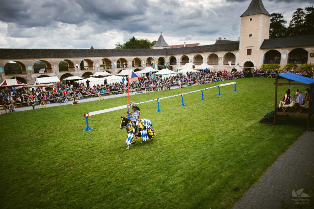 Dobový turnajový dvor na zámku Rosenburg
