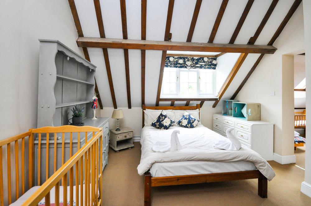 Bedroom HR.jpg