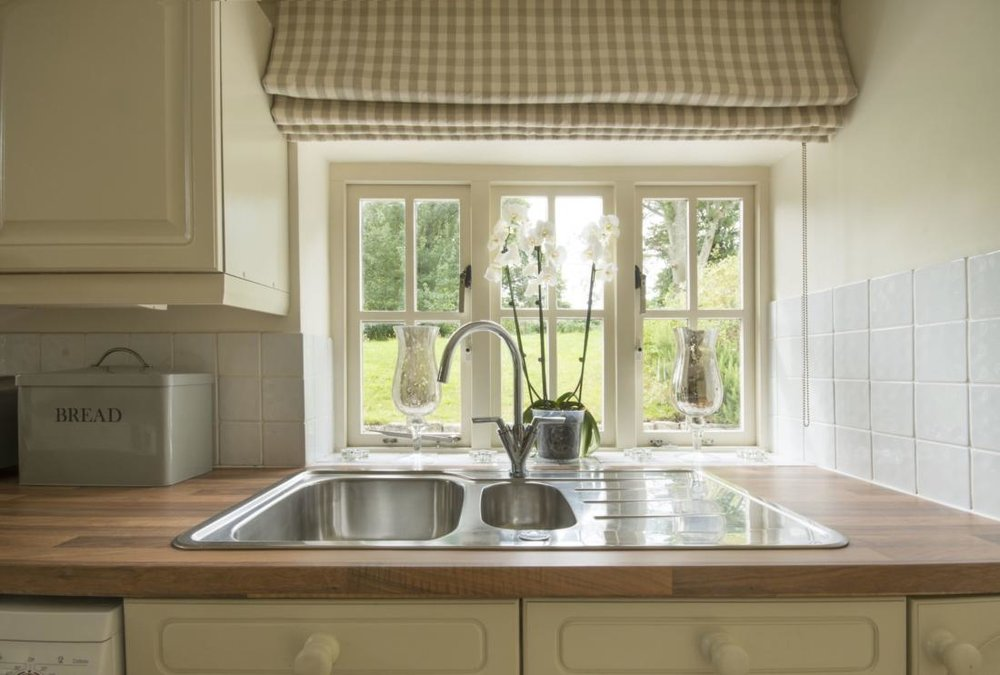 SV-kitchen-close-up-low-res.jpg
