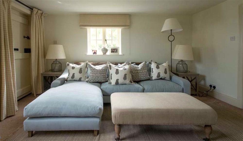 SV-sitting-room-grey-low-res.jpg