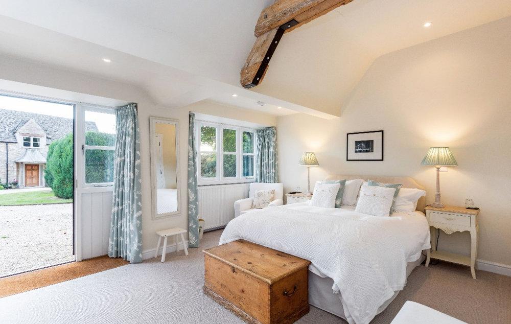 Annexe bed.jpg