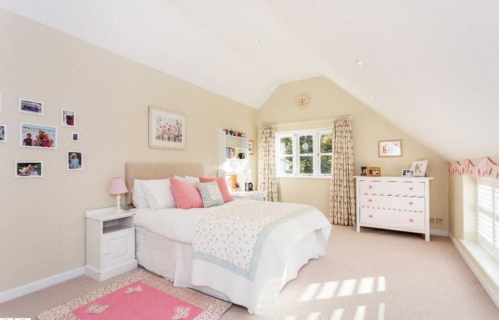 Bedroom 3 pink.jpg