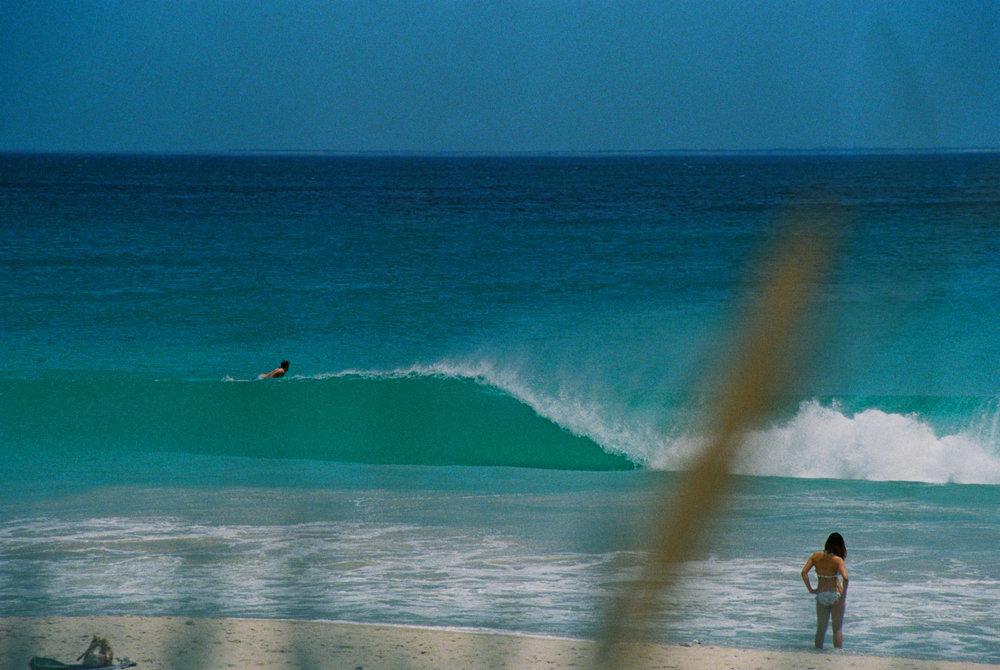 Salt Water Australia surf LG wave 3