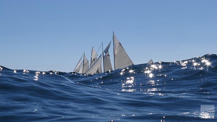 Heavenly Sails II: Sailing in Stars