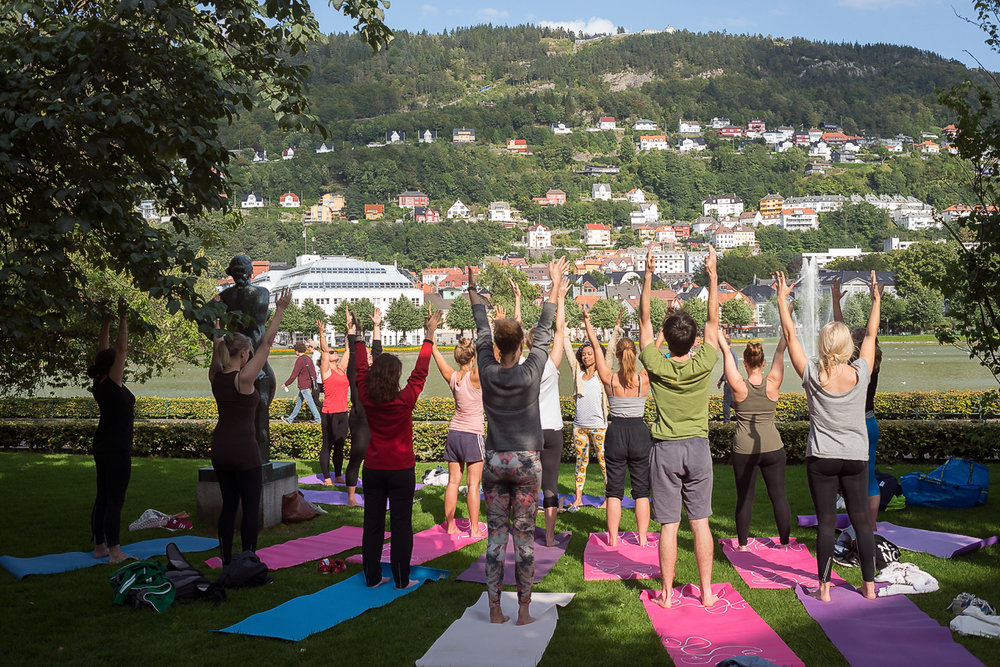 Outdoor Yoga in Bergen (Norway) - When we could, we did.