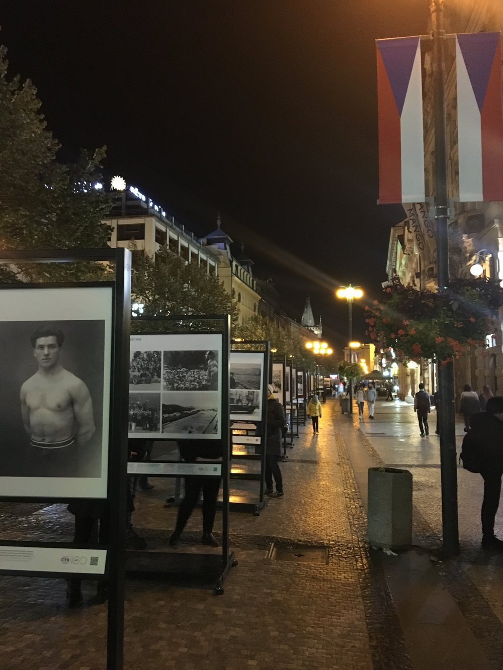 A life-sized photo exhibit showcasing 100 years of Czechoslovak history.