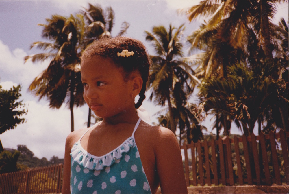 me, aged 6 on my first holiday to one set of Grandparents´ homeland (and therefore one of mine). i appear to be snarling but i think i just have resting bitchface.