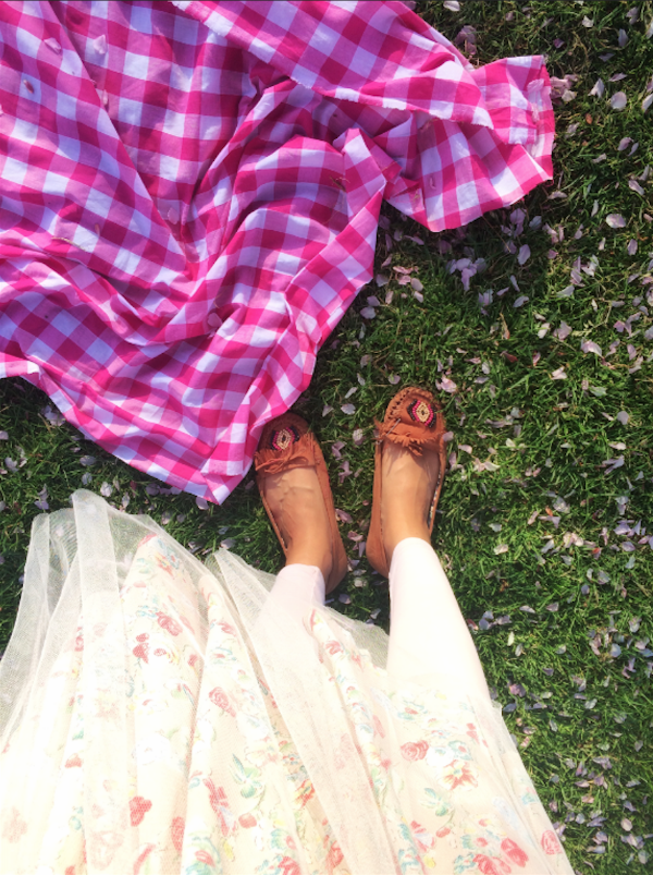 Picnics upon carpets of blossoms. (i try to match clothing to flowers as much as possible.)