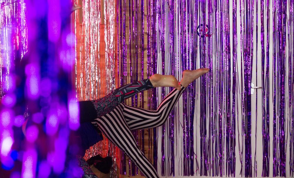 Prince_yoga_lick-9721.jpg