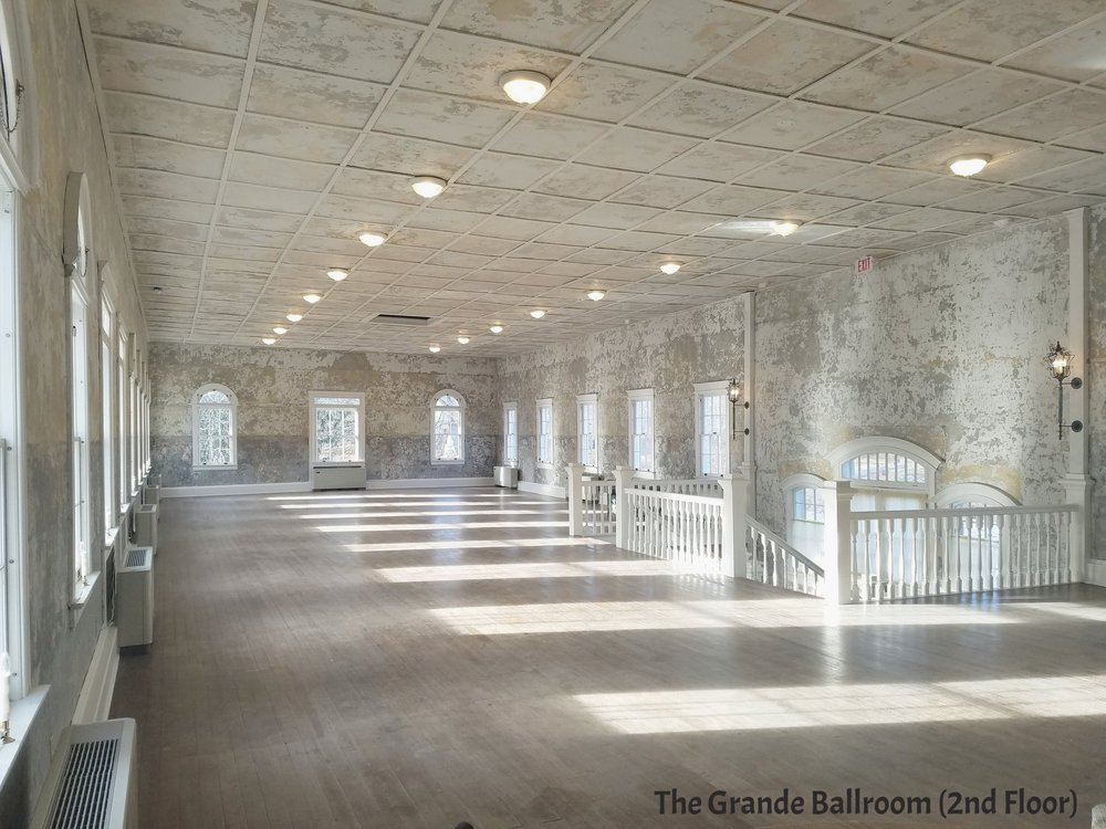 Grande Ballroom (2nd level)