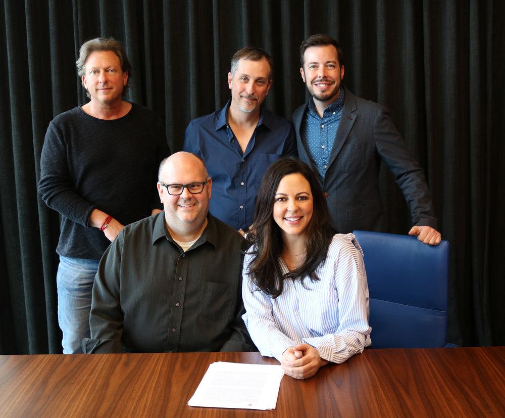 Sara Evans ADA signing picture 2019.jpg