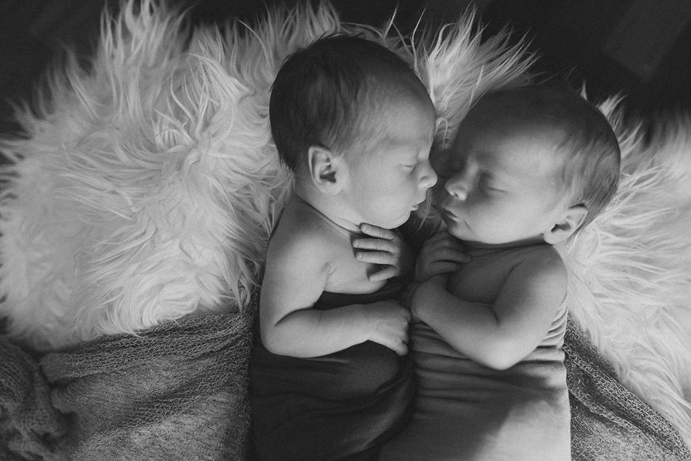 Ben and Joe Sneak 5_Edmonton Newborn Photographer.jpg