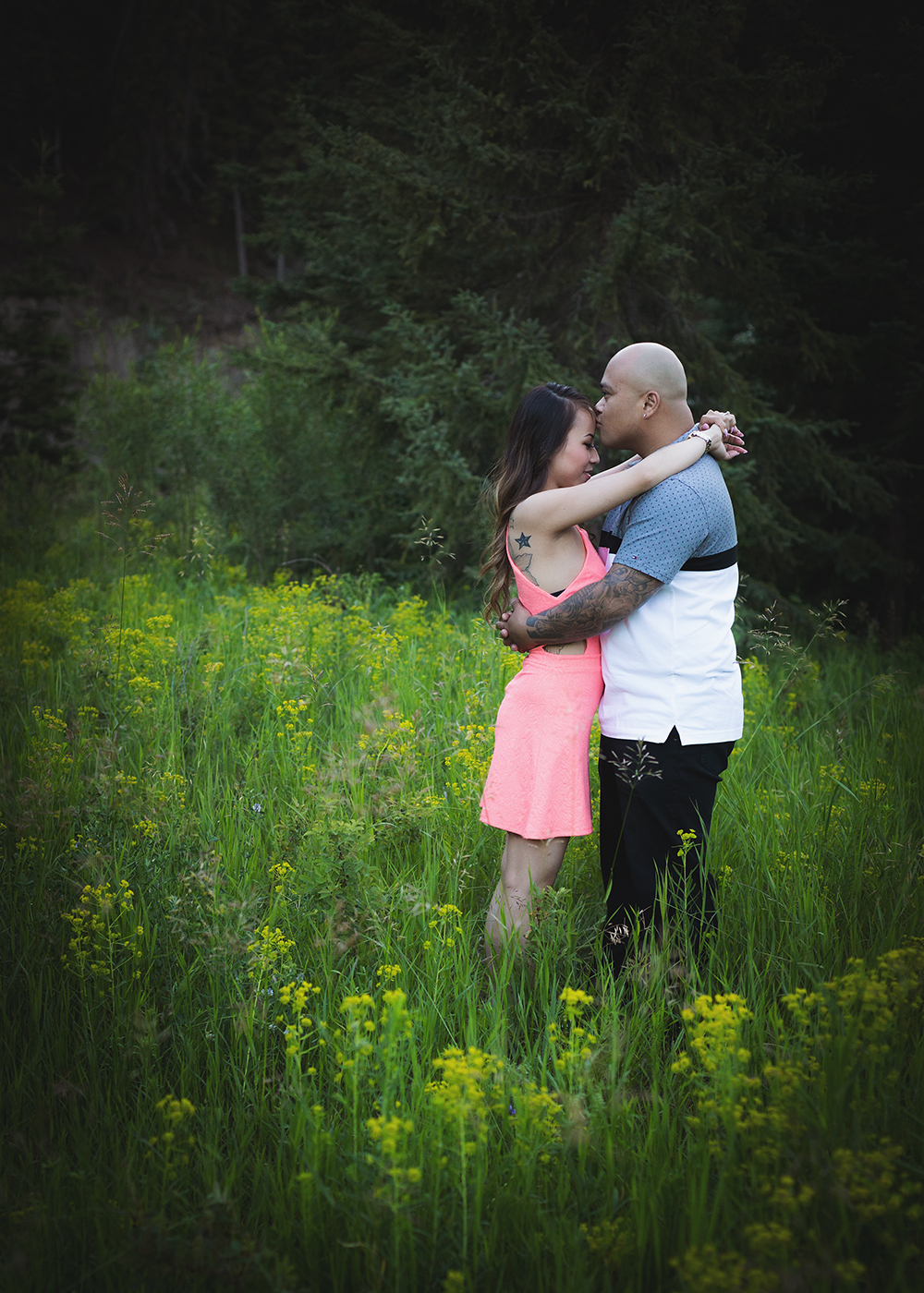 Jessica and Neil Sneak 5_Edmonton Engagement Photographer.jpg