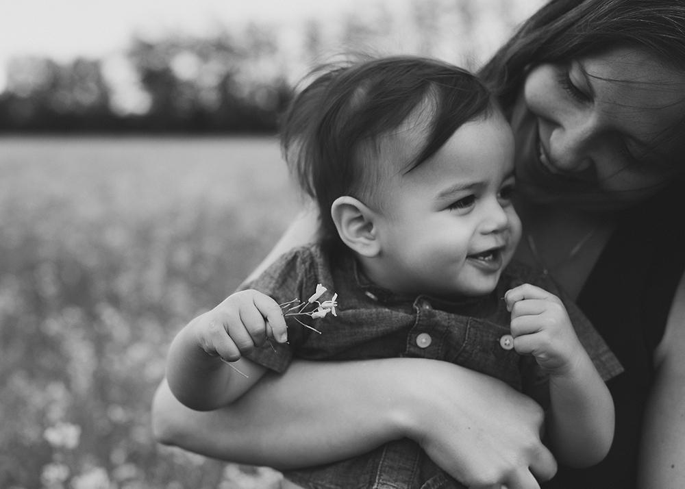 Nguyen Sneak 10_Edmonton Family Photographer.jpg