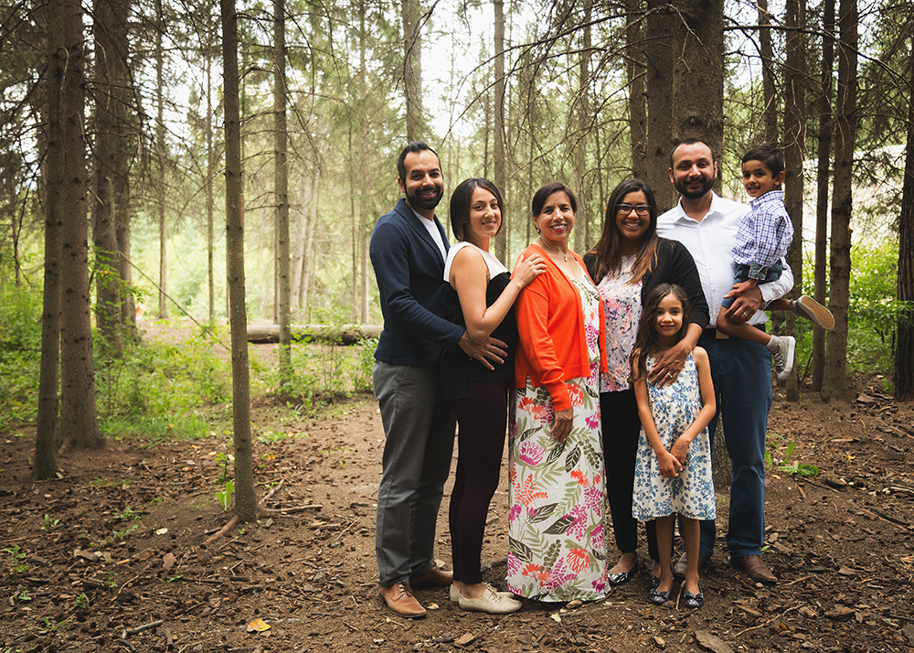 Deol Sneak 1_Edmonton Family Photographer.jpg