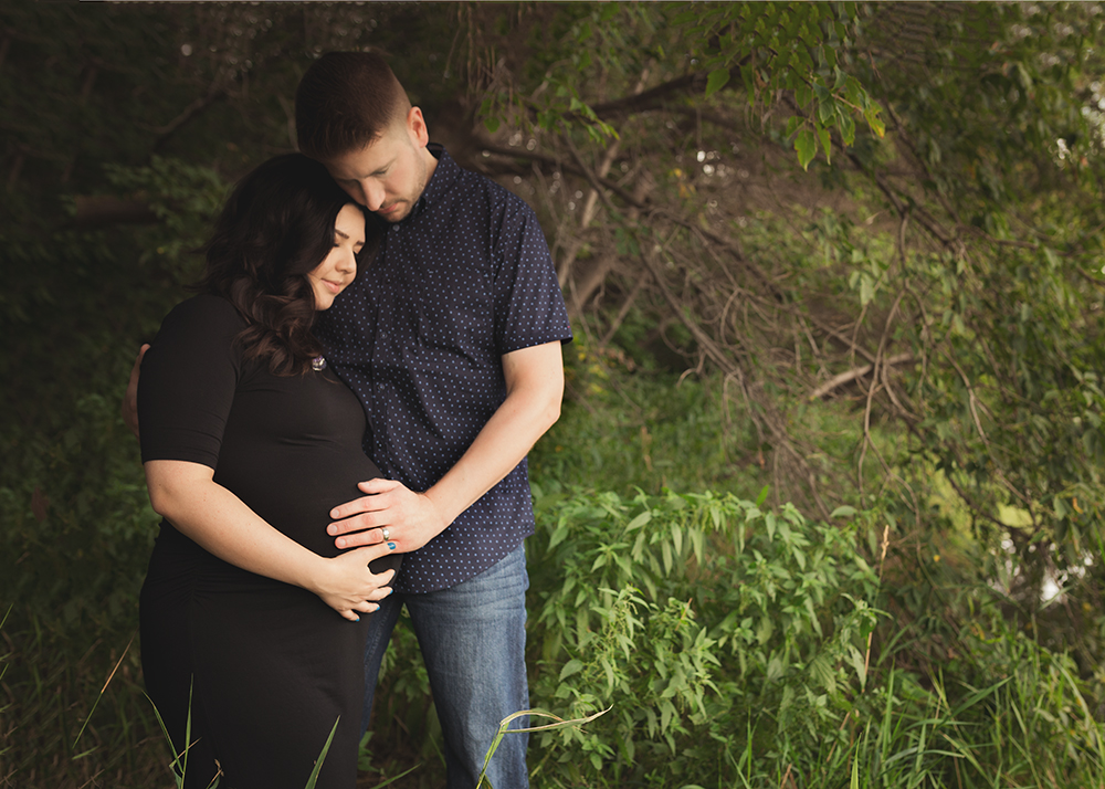 Michelle S Sneak 4_Edmonton Maternity Photographer.jpg