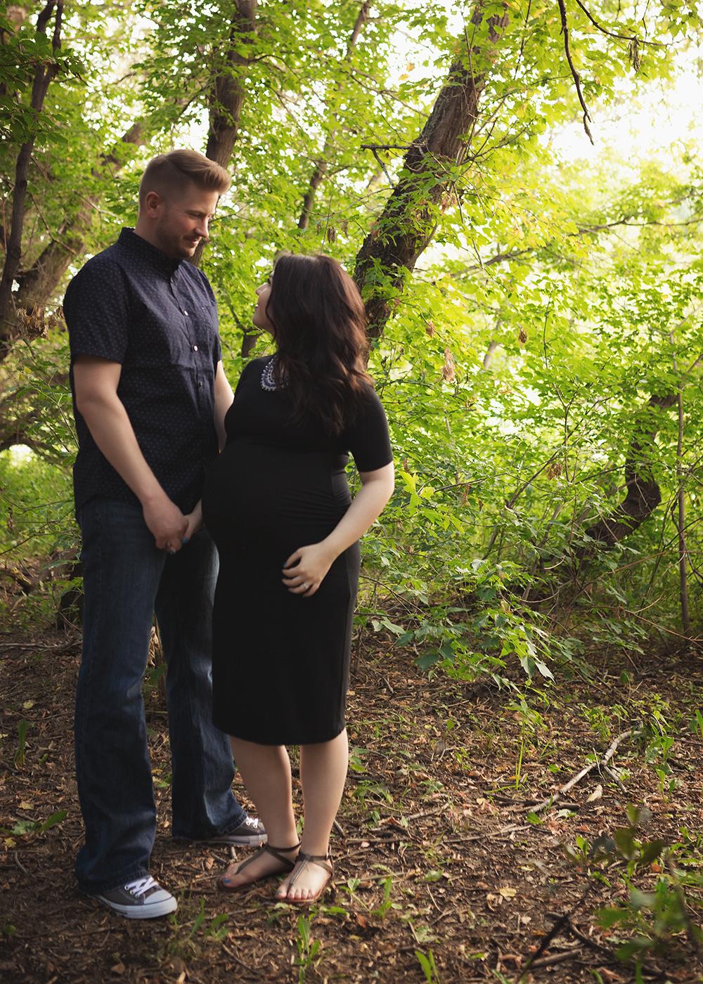 Michelle S Sneak 1_Edmonton Maternity Photographer.jpg