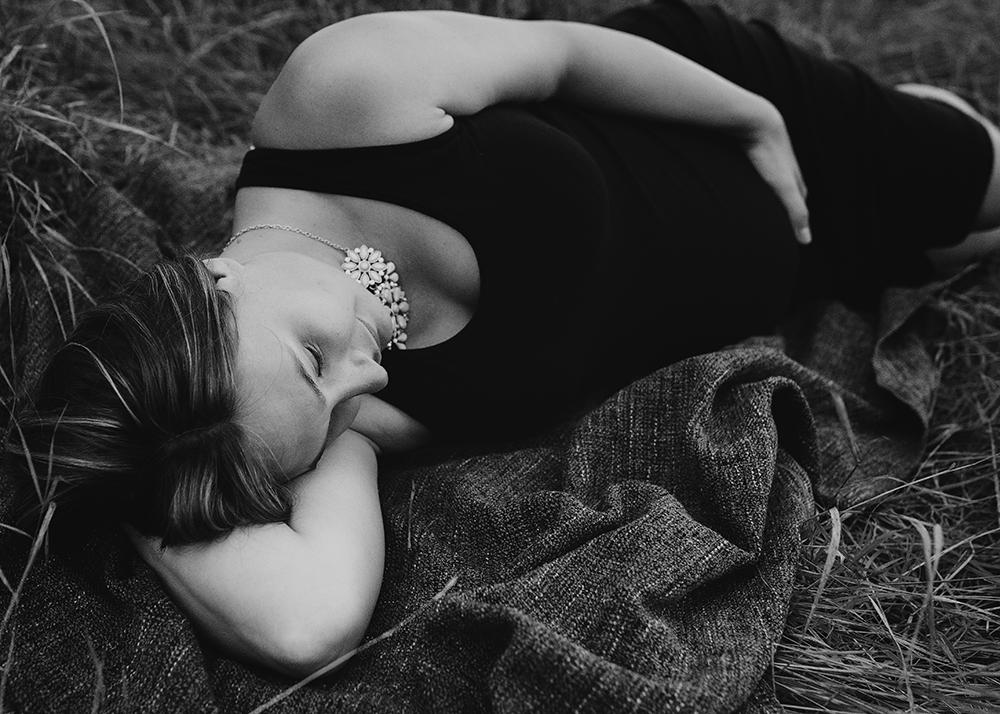 Amanda Sneak 8_Edmonton Maternity Photographer.jpg