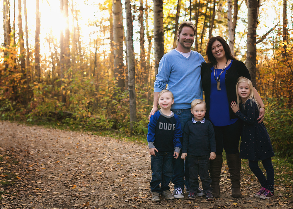 Labrenz Sneak 2_Edmonton Family Photographer.jpg